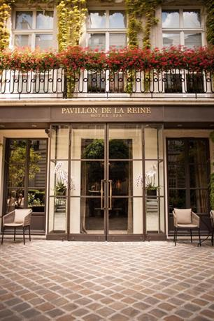 Pavillon de la Reine - Luxury Hotel in Paris - Luxury Hotels - Which arrondissement to stay in Paris - Best Hotel in 3rd arrondissement