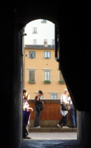 keyhole-view-from-piazza-del-limbo