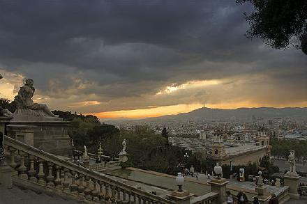 barcelona from montjuic park