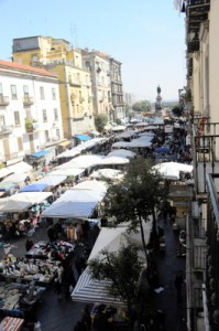 the-market-in-naples