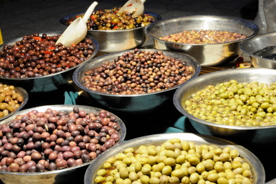 traditional-foods-are-offered-around-every-corner