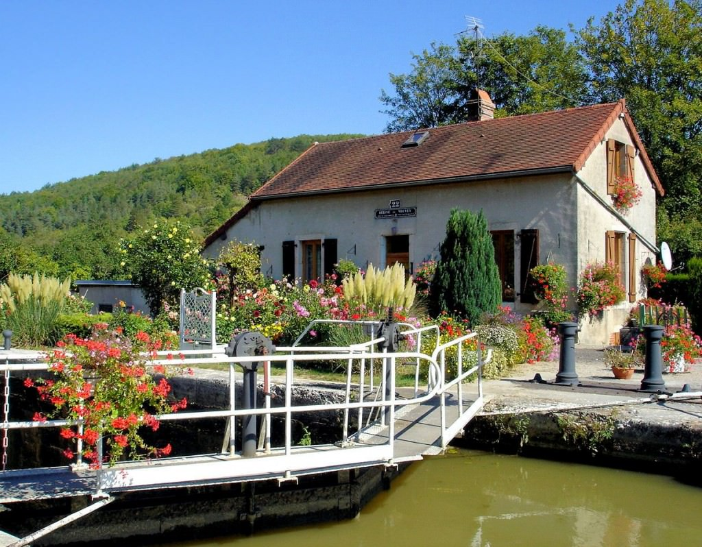 Lock house on the burgundy canal