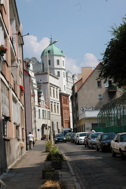 Sczcecin with the Pomeranian Dukes Castle in the background