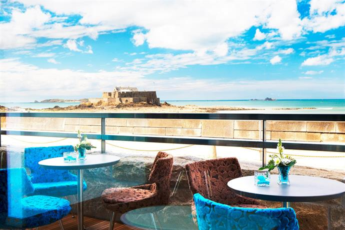 Oceania Hotel Saint Malo with views of the St Malo Citadel