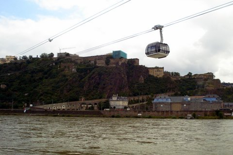 Aerial Cablecar across the river