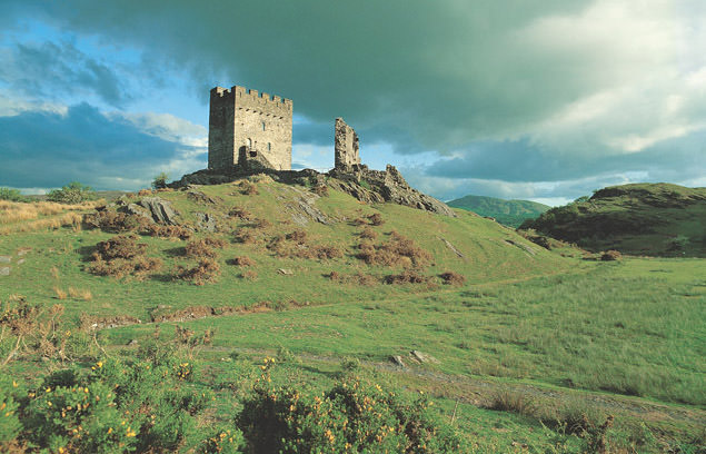 Dolwyddelan-Castle-photo-by-Cadw