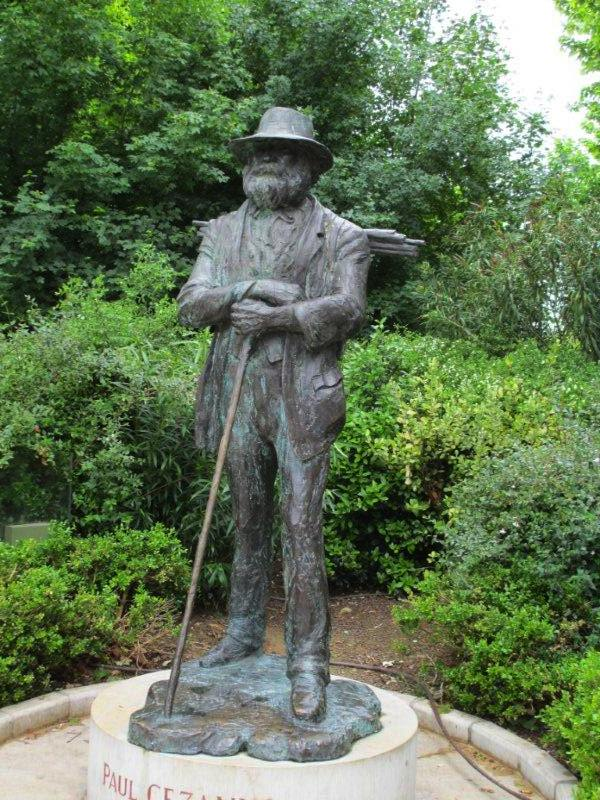 Statue of Paul Cezanne