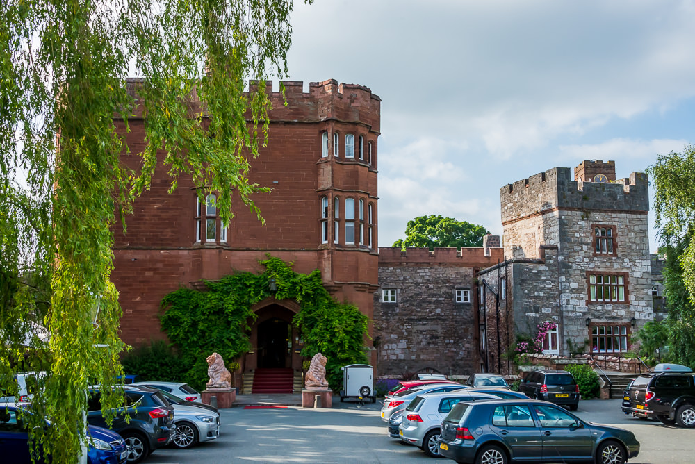 Entrance to Ruthin castle