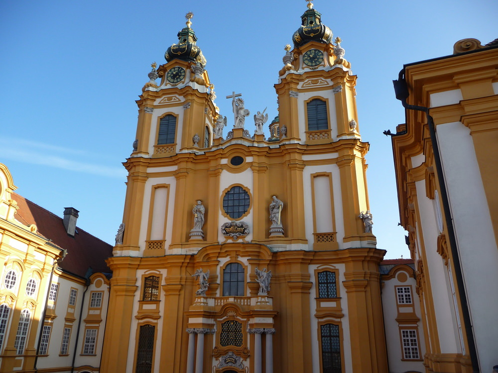 we saw the Melk Abbey Church on our Christmas market cruise