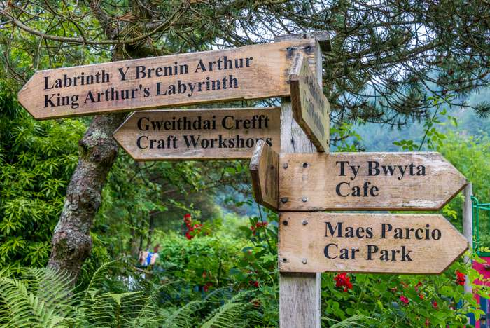 signs pointing to King Arthur's Labyrinth
