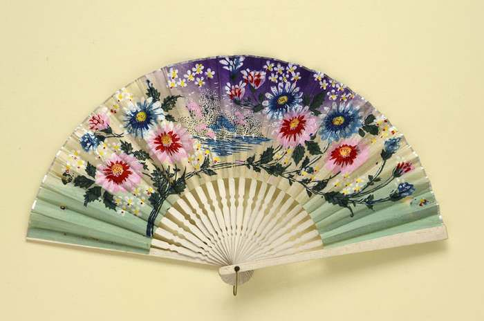 Folding Fan of the 1920s