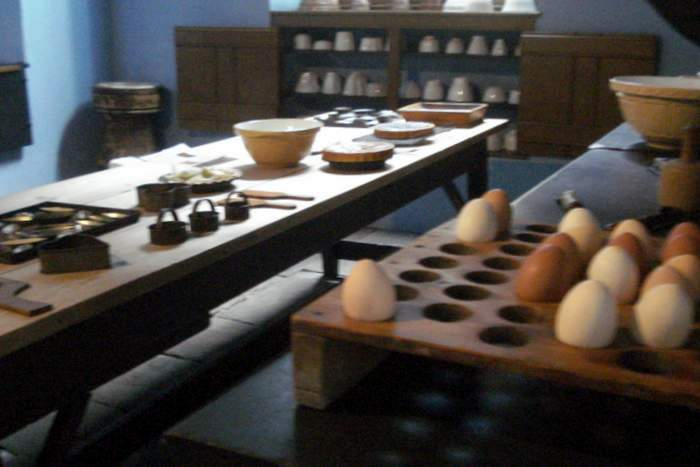 servant's kitchen area at Tredegar House