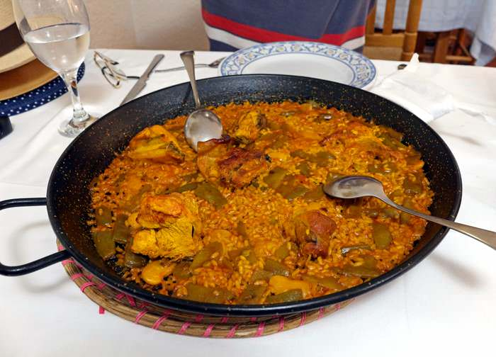 Paella at La Riua in Valencia