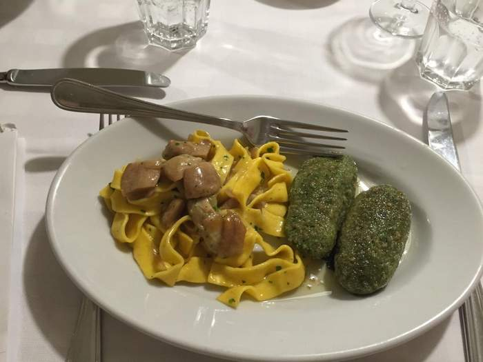 A bis of pappardelle and malfatti at Osteria al Bianchi, excellent Brescia food