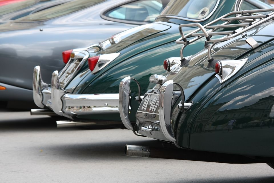 Classic and Luxury Car Rentals - Luxury Vacation Ideas in France