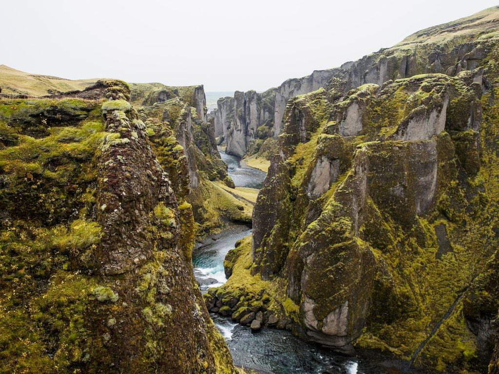 Tectonic Plates in Iceland - Photos of Iceland