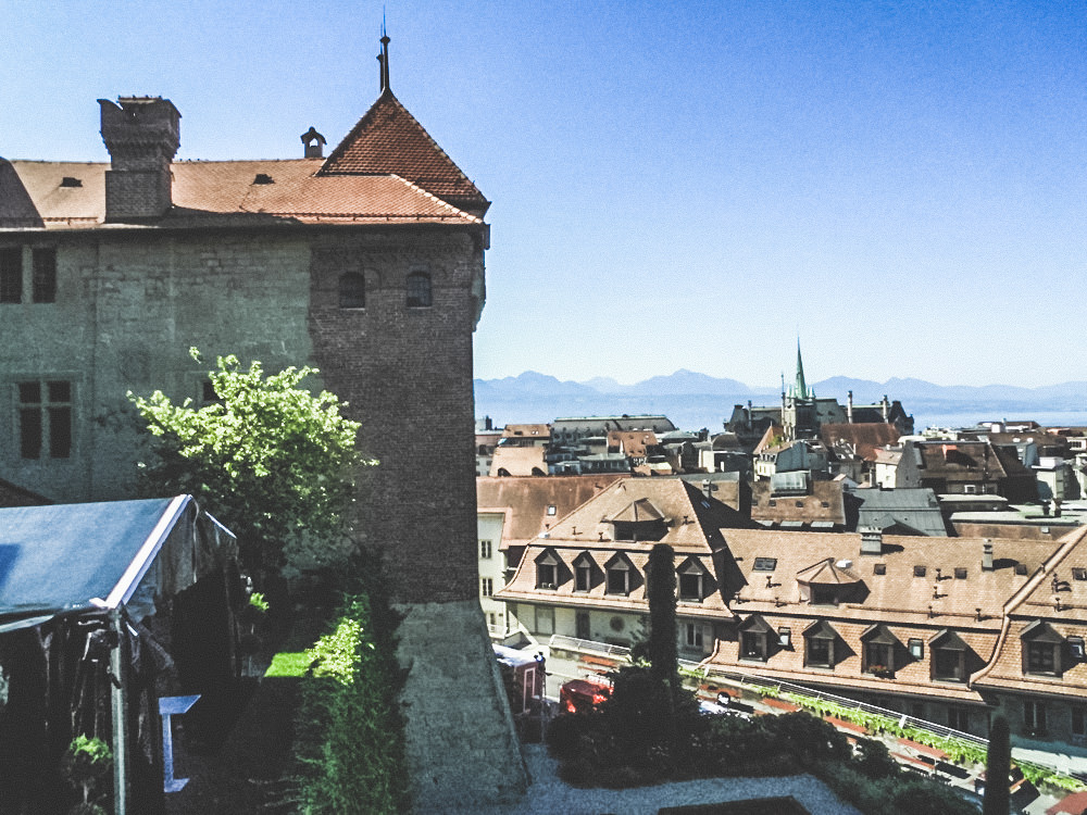 Lausanne like a Local: Old Town Flon in Lausanne