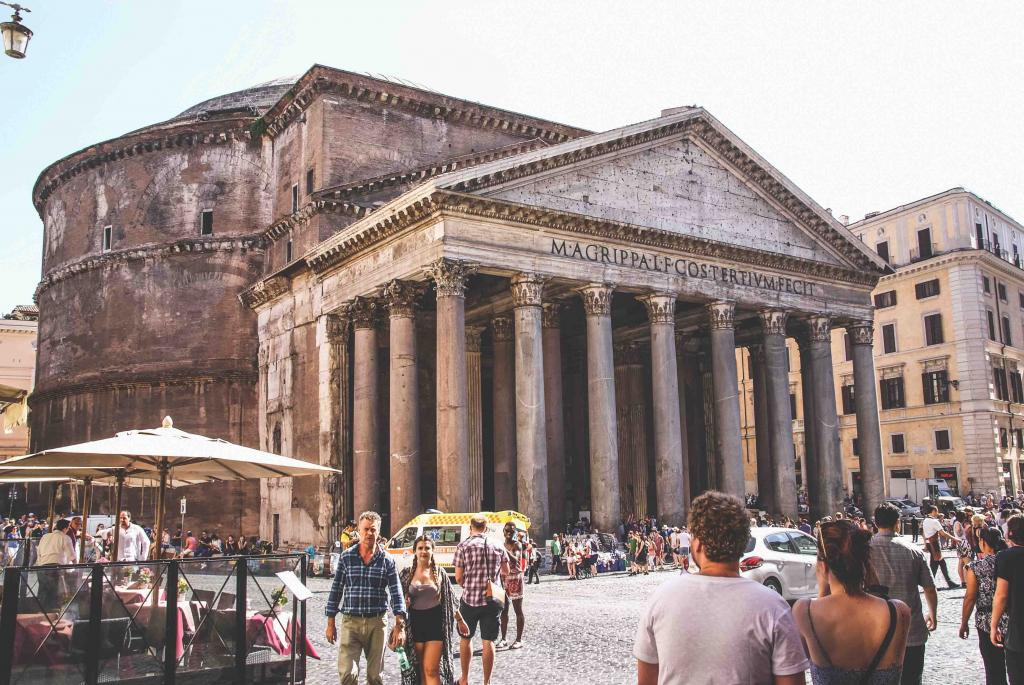 7 Days in Italy Itinerary: Pantheon in Rome Italy