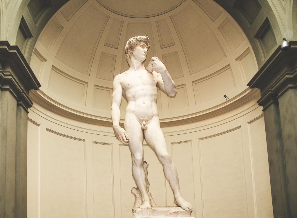 David Statue in Florence Italy - 1 Week Tuscany Itinerary - Plan your trip to Florence Italy