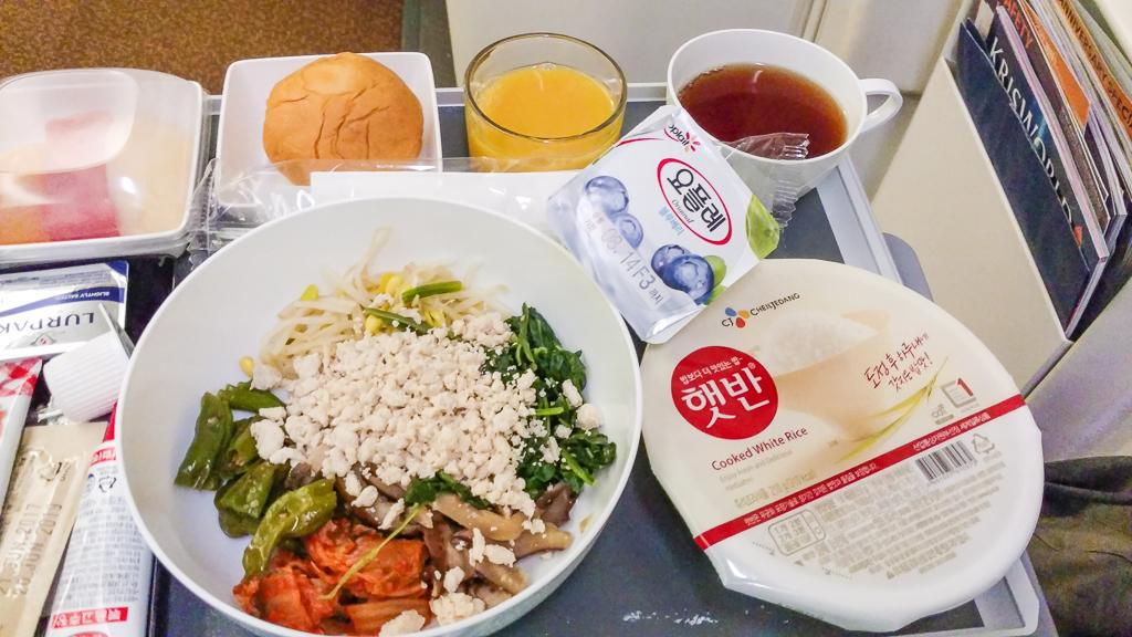 Delicious Korean Food on Singapore Airlines - Singapore Airlines Review