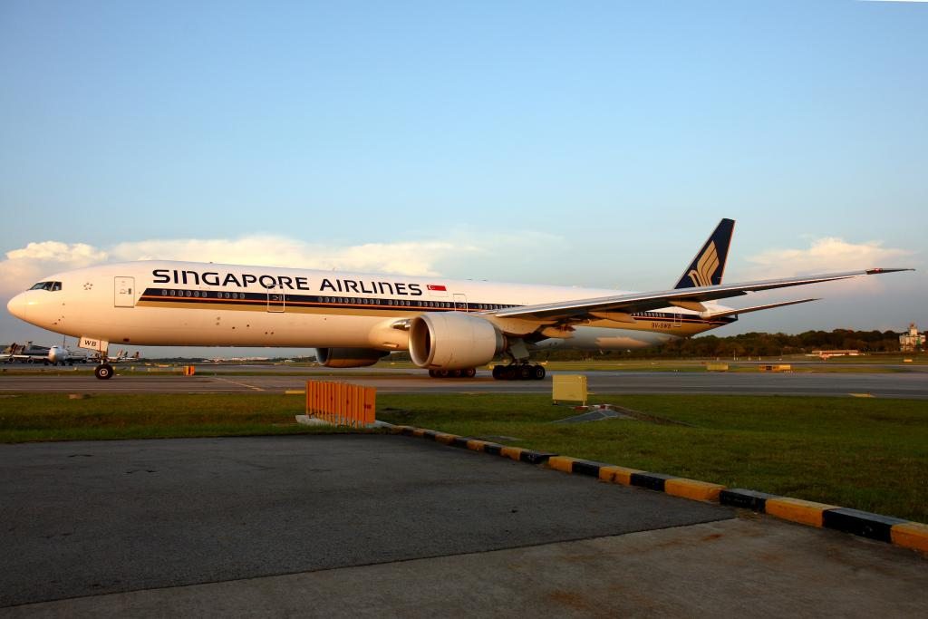 Singapore Airlines Review - Best Airlines To Fly - Which Airline should I fly?