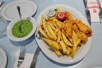 London Food Tour: Best fish and chips in London at Poppies