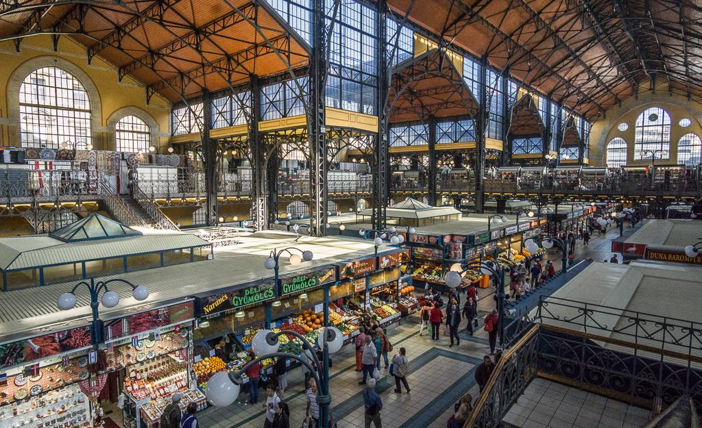 What to do in Budapest - Central Market Hall