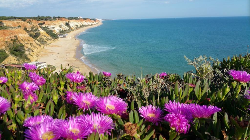 Things to do in Algarve, Portugal - Faro to Lagos - Best Beaches in Algarve Portugal