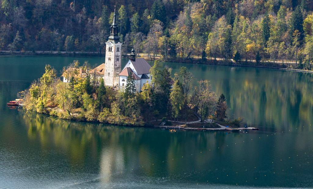 Best Slovenia Hiking - Hiking Lake Bled Slovenia - Beautiful Lake Bled