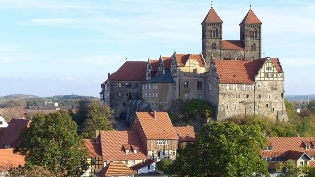 Quedlinburg Castle - Harz mountains - UNESCO World Heritage Site