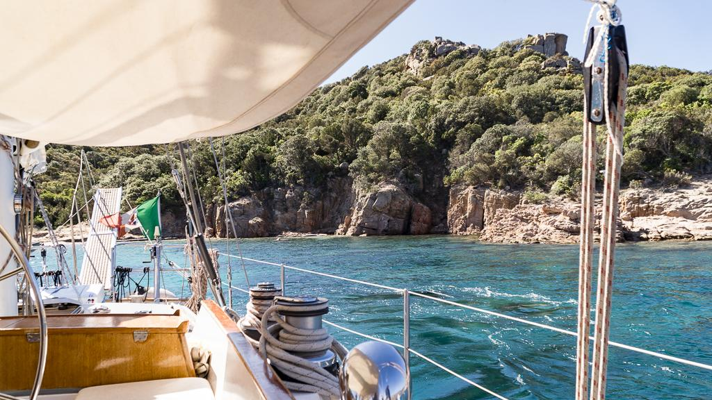 Sailing from Sardinia to Corsica - Sailboat Charter with Intersailclub
