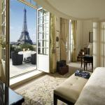 Paris Hotels with Views of the Eiffel Tower