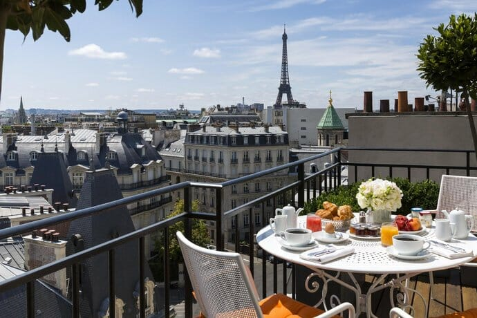 paris hotels with views of the eiffel tower; hotels in paris with a view of eiffel tower and hotels with views of eiffel tower Paris