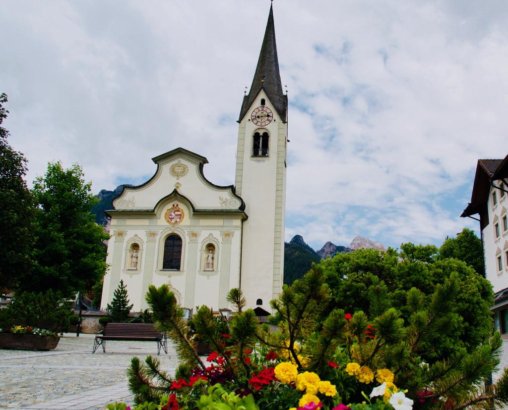 Things to do in Dolomites Italy-San Vigilio church