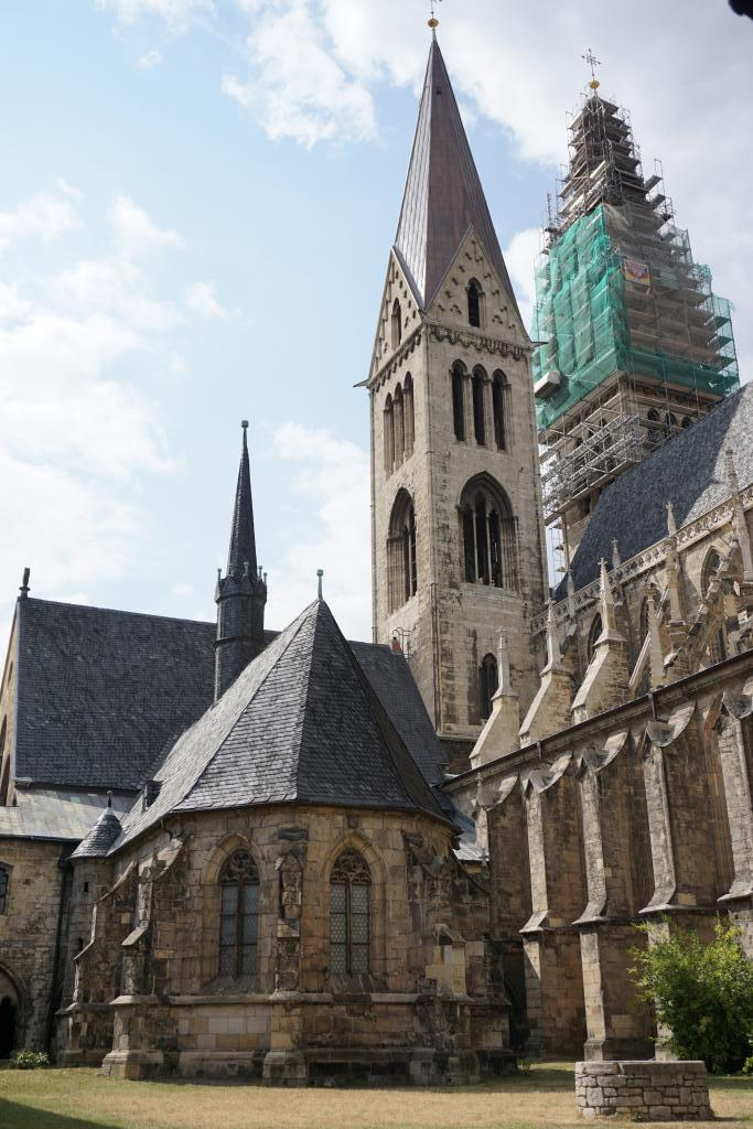 Halberstadt Cathedral in Saxony-Anhalt - TRANSROMANICA
