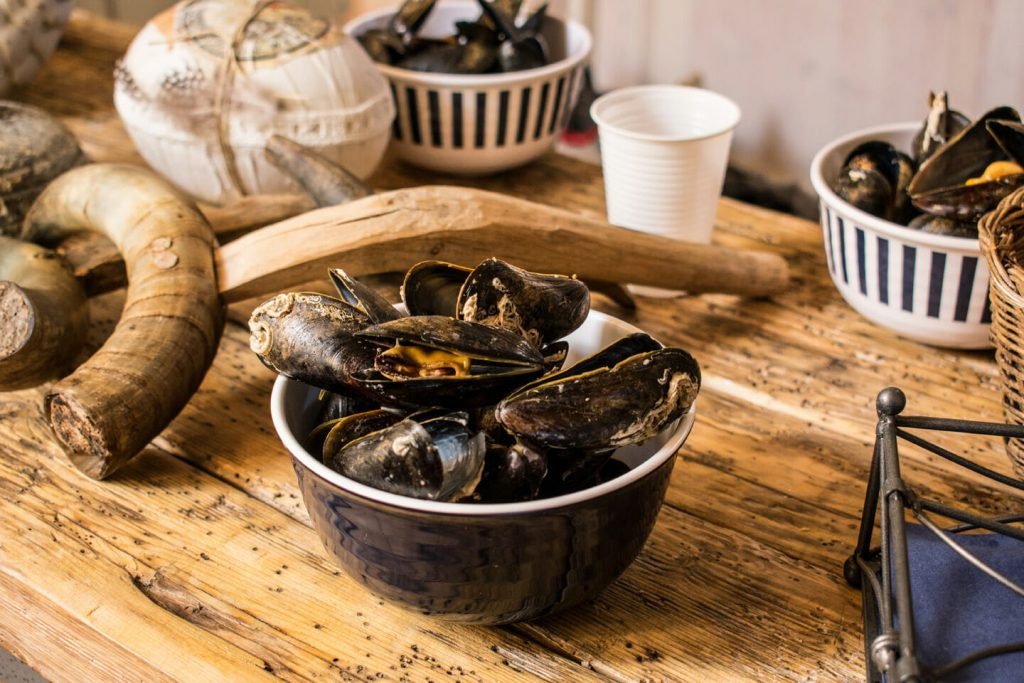 Bowl of freshly made mussels