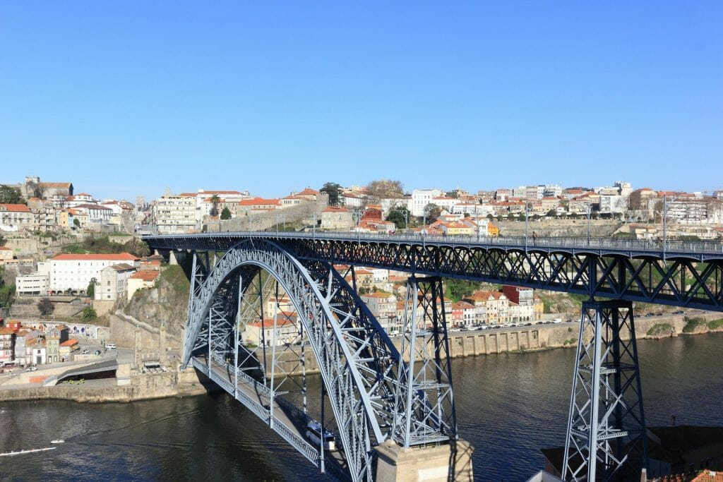 Closer view of the Dom Luis bridge with the town quiet on the other side
