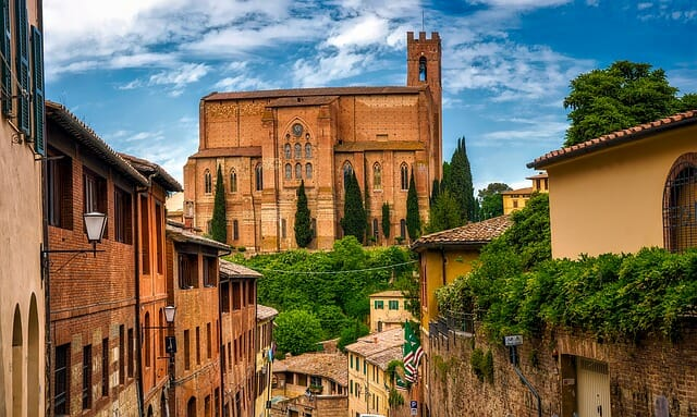 Vibrant view of a cathedrals and the homes surrounding in Siena