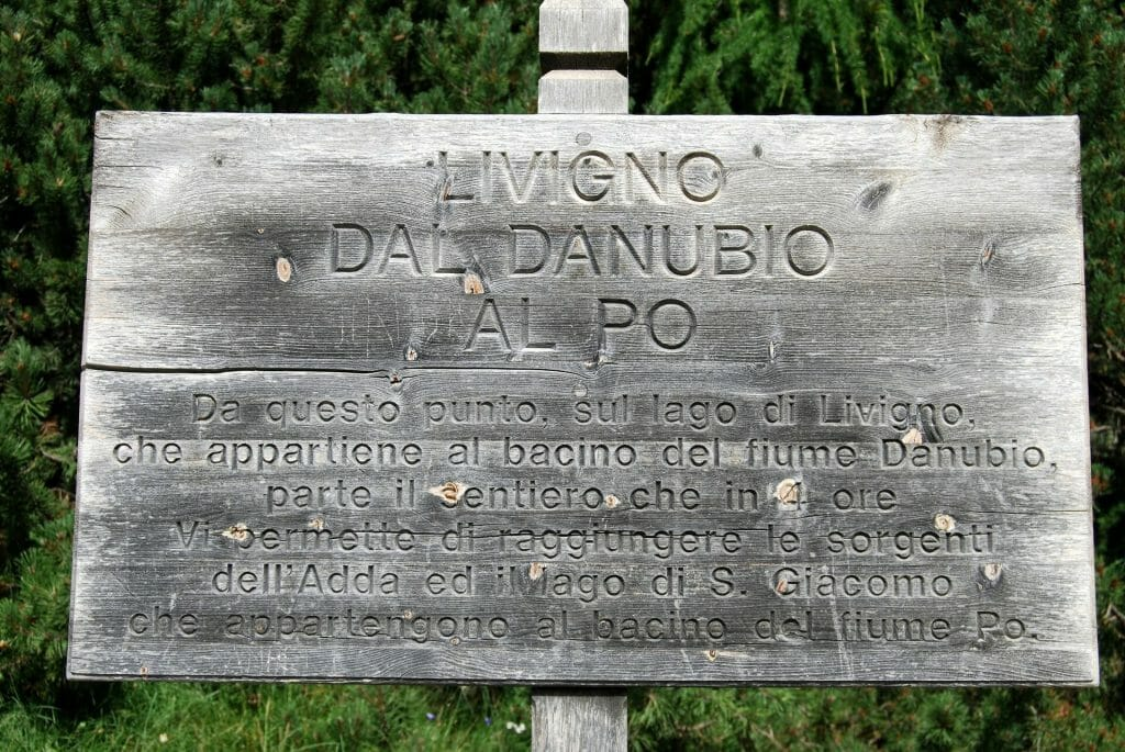 Old sign about Livigno in their Italian