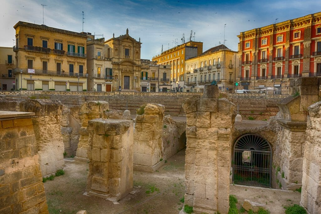 Lecce historic center: amphitheater and Sant'Oronzo Square