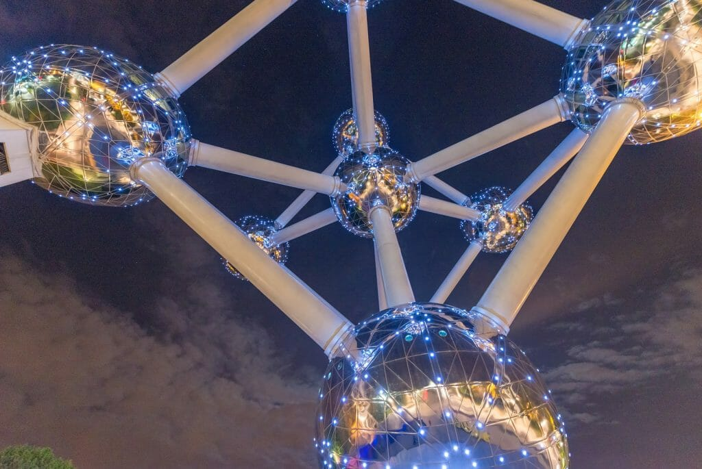 Atomium structure photographed at night from below