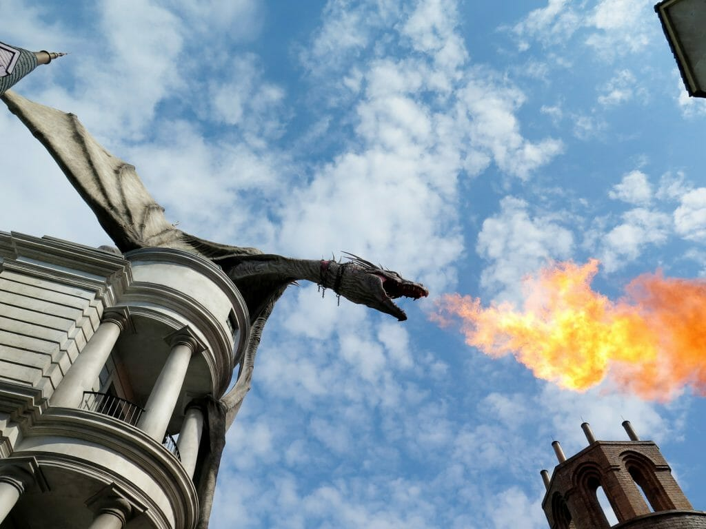 Dragon spying fire at Diagon Alley