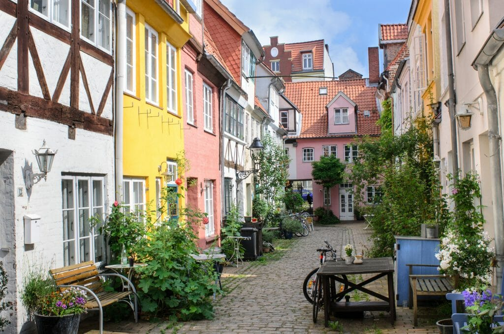 Lübeck, view of the backyard area - Deadend street with colorful historic houses