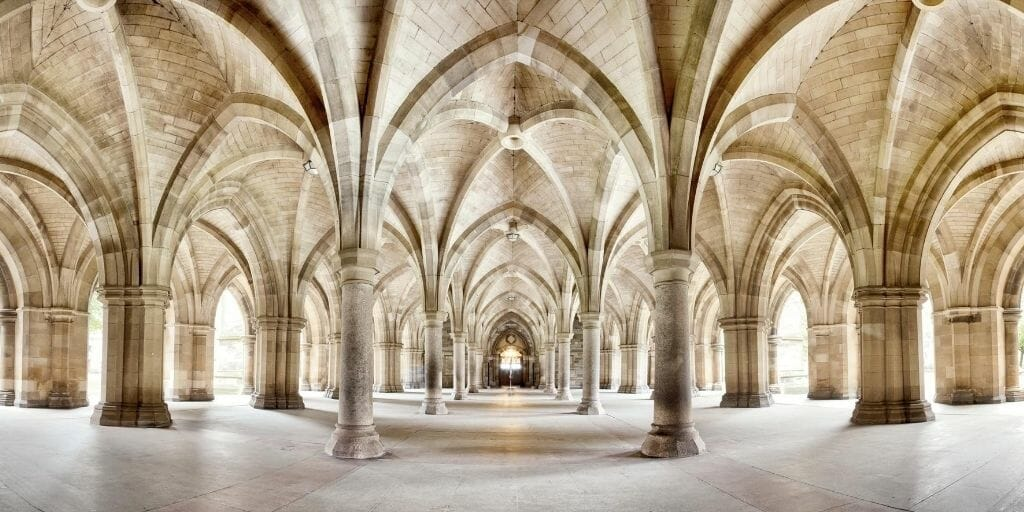 Glasgow University Cloisters - Vaulted ceiling with columns and gothic arches
