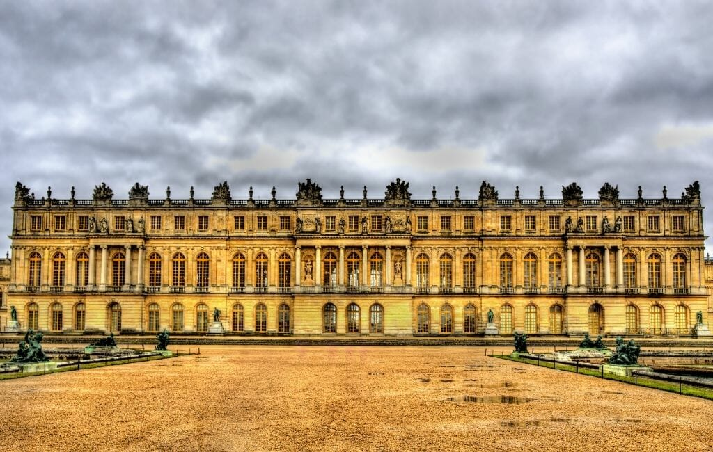 Picture of Versailles Pallace - Golden Building and grey stormy sky